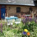 Trädgårdsmöbler från Antikkulan utanför Ängelholm